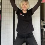 Video Workout: Nackenschmerzen beheben und den Bauch trainieren