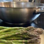 Rezept: Kartoffelwaffeln mit glasiertem Spargel