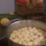 Rezept: Rosenkohl-Gnocchi-Pfanne