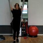 Video-Workout: Schulter-Übungen mit dem Theraband